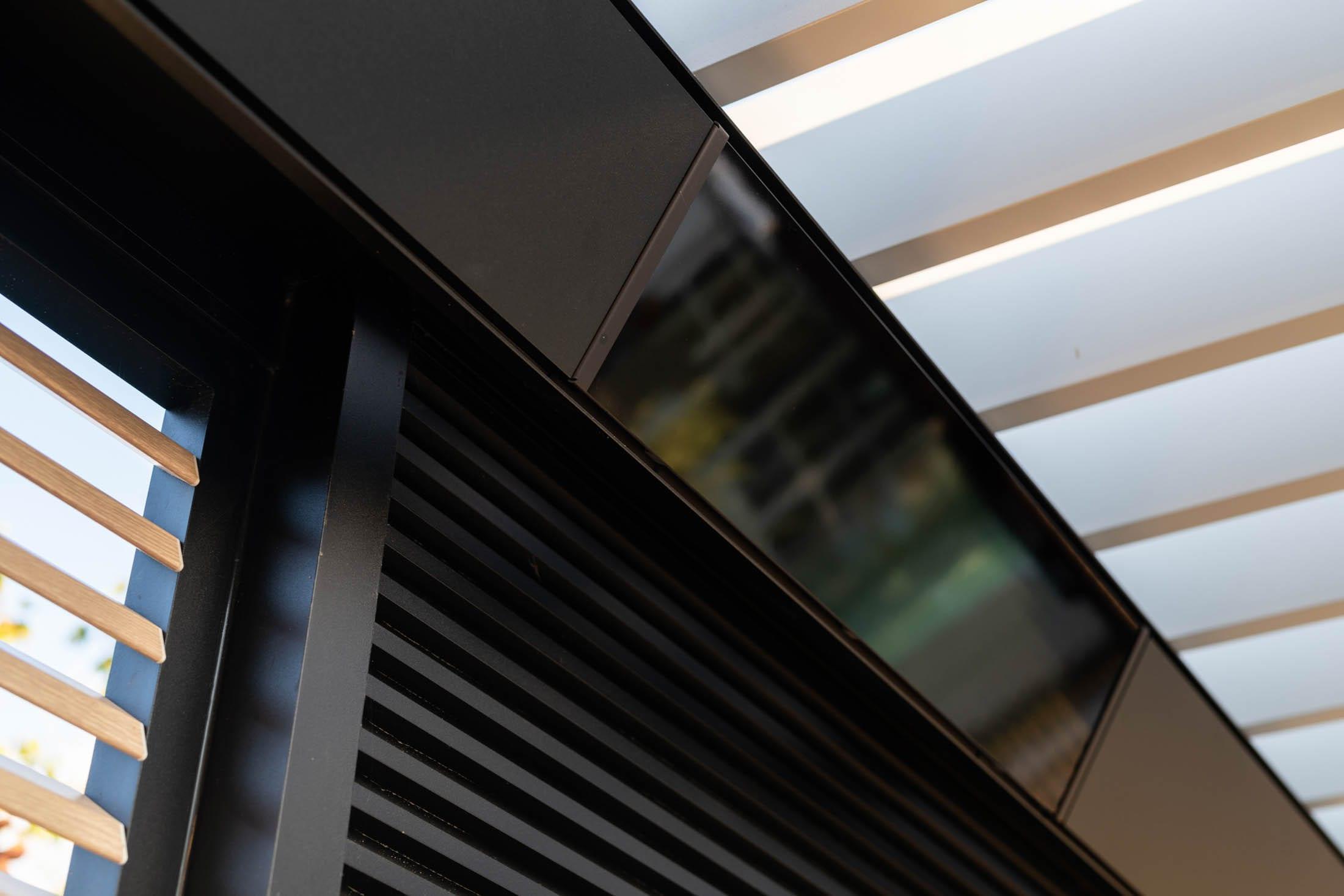 Details Luxe overkapping met lamellen