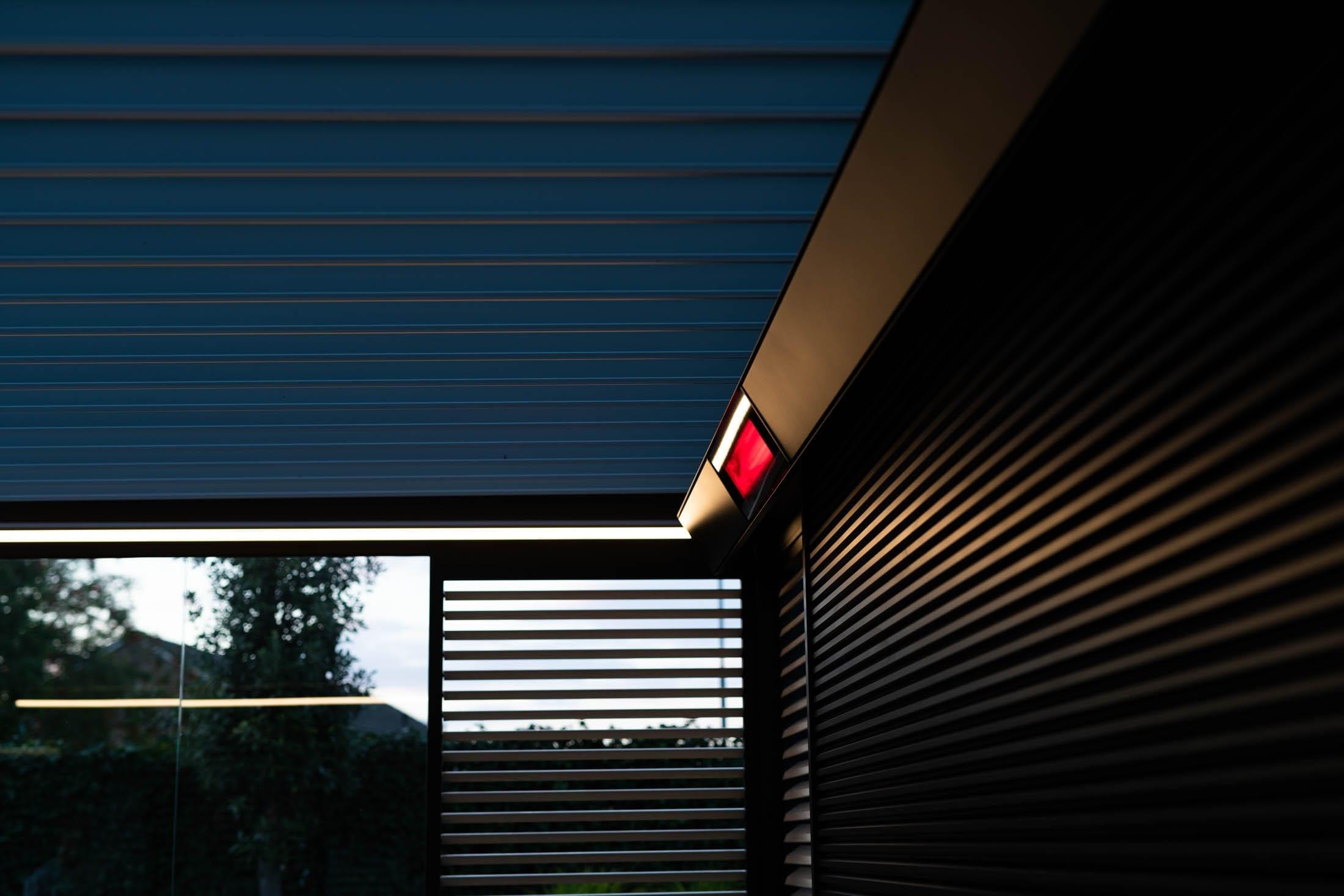 Details Luxe overkapping Vince Lienden